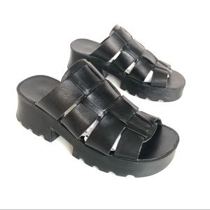 90s Chunky Square Toe Leather Platform Sandals 7